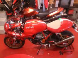 Ducati1000s01